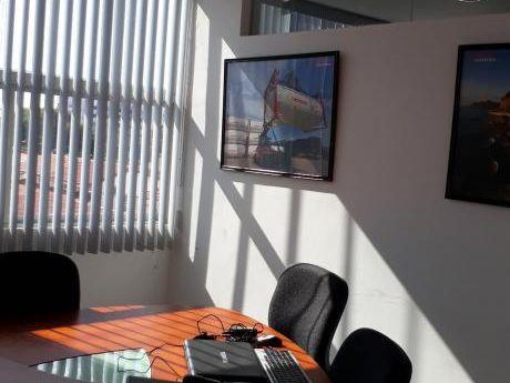 Equipetrol Oficinas En Edificio Empresarial
