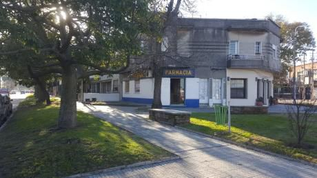 Alquiler / Venta Local Comercial Parque Batlle