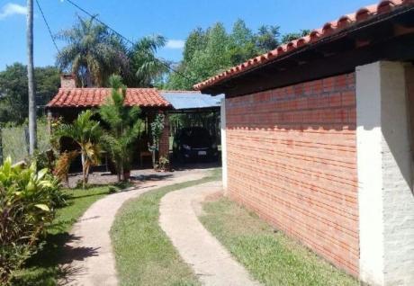 Casa Quinta En Ypacaray: (1.080 Mt2.)
