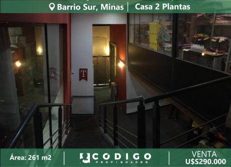 Venta De Casa En Barrio Sur, 2 Plantas, Ideal Empresa