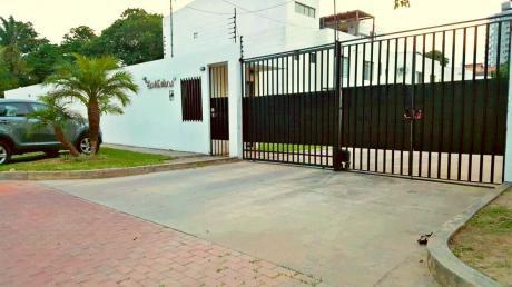 Hermosa Casa En Venta - 4 Dormitorios - Av. Roca Y Coronado 4to Anillo