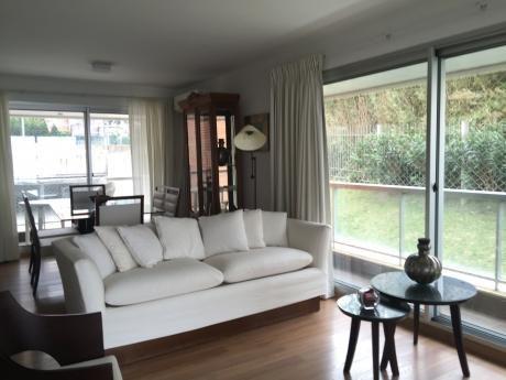Apartamento Malvin Con Amenities Y Vista Al Mar