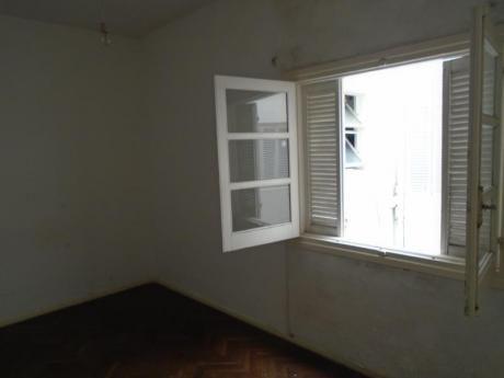 Al Interior, Segundo Por Escalera, Buen Punto, G.C: $ 1400