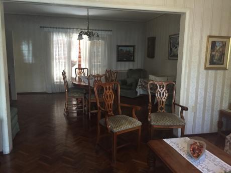 Casa De 3 Dorm. Punta Carretas