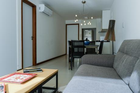 Alquilo Apartamento De 1 Dormitorio En Pocitos – Amueblado