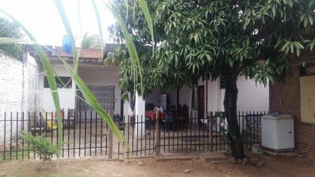 Vendo Casa Económica Por La Av. Santos Dumont