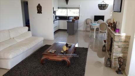 Chacras De La Tahona, Moderna Casa En 5000m2