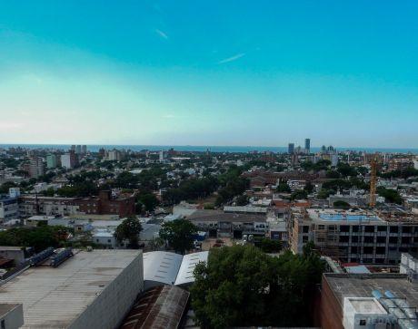 Muy Lindo Apartamento En La Blanqueada Con Espectacular Vista