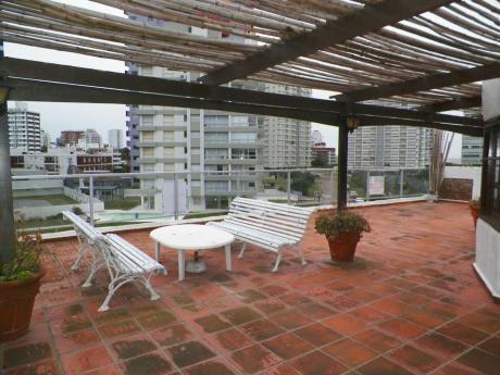 Apartamento 2 Dormitorios Y 2 Baños (uno En Suite) - Punta Del Este