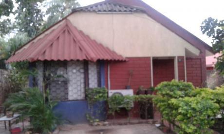 Casa Con Amplio Jardin