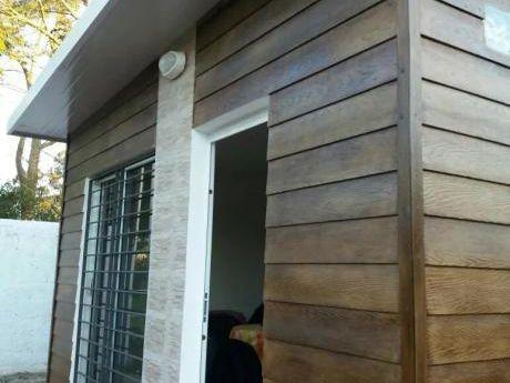 Hermosa Casa De 1 Dormitorio En Ciudad De La Costa!