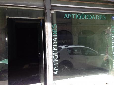 Venta Local Comercial Ciudad Vieja Con Renta