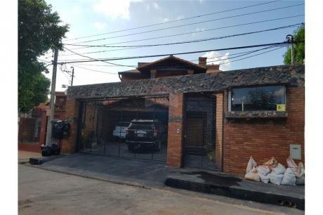 Vendo Amplia Casa En Santisima Trinidad
