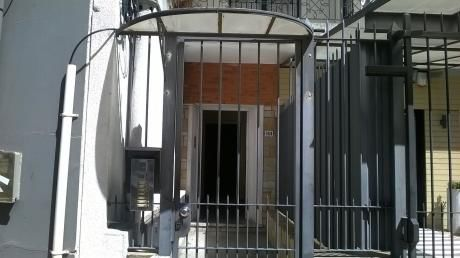 Apartamento En Punta Carretas.
