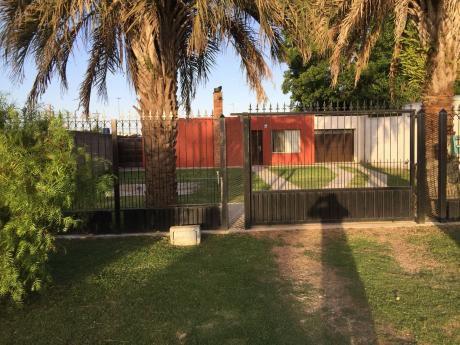 Casa 2 Dormitorios - Barros Blancos