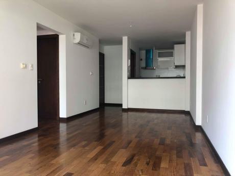 Moderno Apartamento. Excelente Ubicación.