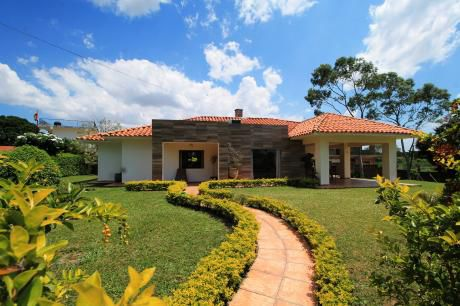 Casa En Venta En Condominio Polo Country