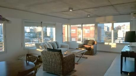 Amazing Views 2 Bdrm Apt Steps From Golf Course