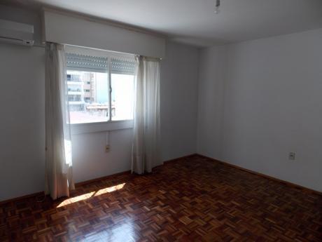 Venta Apartamento De 3 Dormitorios Pocitos