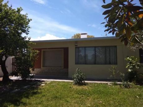 *alquiler En Barra De Carrasco 4 Dormitorios $35.000*