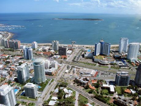 Excelente Apartamento Punta Shopping - Playa Brava