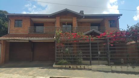 Vendo Casa En Fernando De La Mora Zona Sur