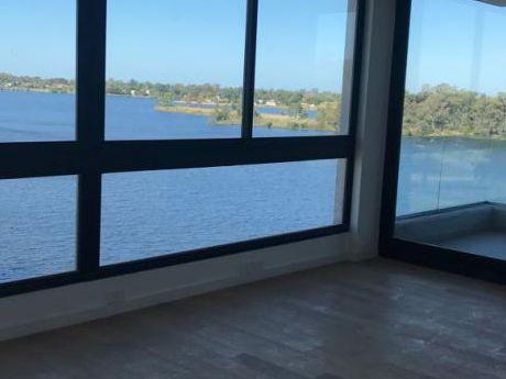 Apartamento Frente A Lago