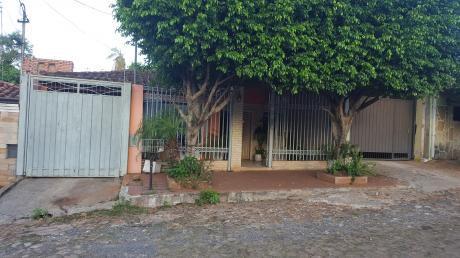 Alquilo Casa Con 4 Dorm. En San Lorenzo Zona Ccpa