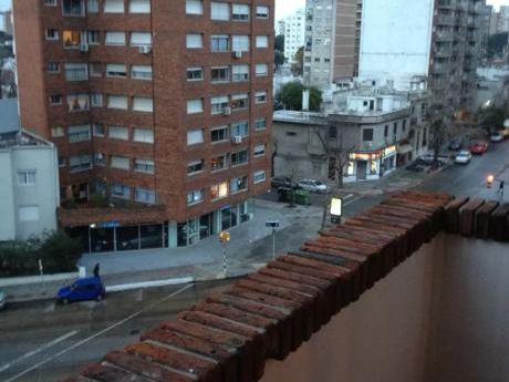 Alquilo Apto 2 Dormitorios  Pocitos Sarmiento Y 21