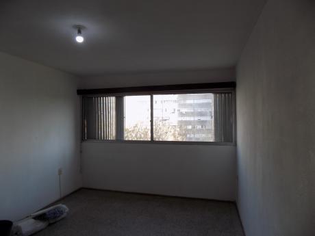 Alquilo Hermoso Y Bien Distribuido Apartamento En Euskalerrìa