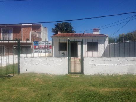 Dr. Carlos Nery Casi Pontevedra - Prox. Estadio Jardines Del Hipodromo