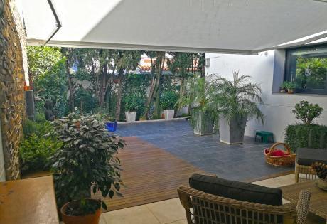 Dueño Vende Apartamento Tipo Casa En El Mejor Punto De Carrasco