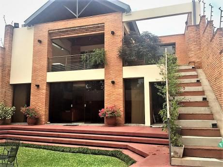 Alquilo Lujosa Residencia En Barrio Recoleta