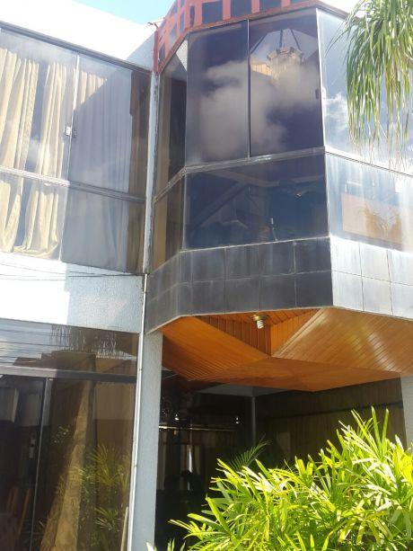 Zona Comercial  Isabel La CatÓlica Vendo Casa
