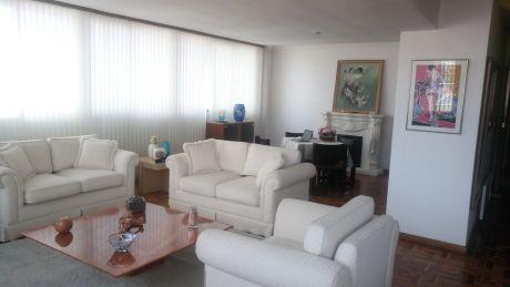 CÉntrico, Soleado Y Amplio Departamento Duplex
