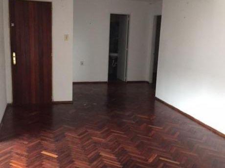Parque Posadas Block 1 Piso Alto 4 Dormitorios