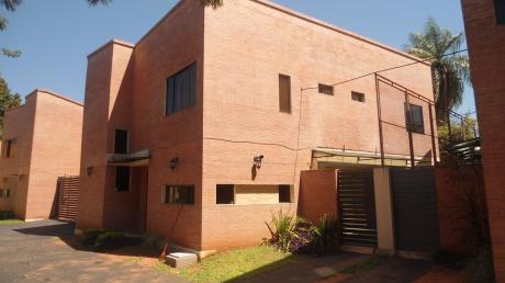 Alquilo Casa En Condominio - Barrio Los Laureles