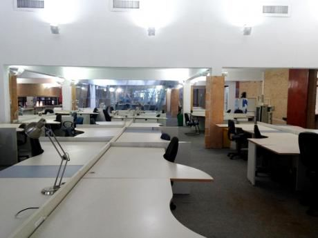 Alquilo Para Call Center 1.900  M2 De Oficinas Totalmente Amobladas