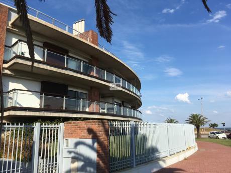 Apartamento Sobre Rambla De Carrasco