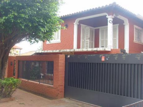 Vendo Amplia Casa En Fernando De La Mora Zona Norte Detras De Faces