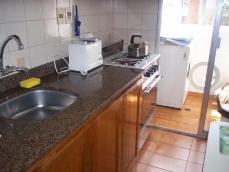 Hermosa Zona: Berro Y Br.espaÑa Frente 6to Piso C/muebles