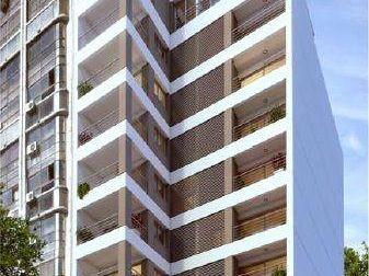 Edificio Quadra 18t / 1 Dormitorio Piso 13