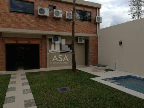 Hermosa Casa Moderna Barrio Herrera