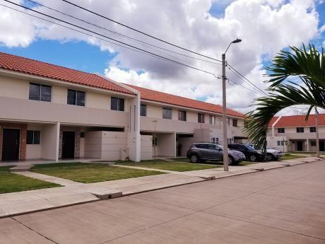 Casa A Estrenar En Alquiler - Av. Pirai