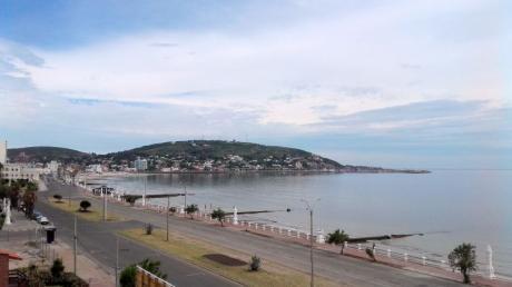 Apartamento A La Venta En Piriapolis Con Vista Al Mar