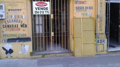 Local+monoambiente Y Galpon:u$s 280.000