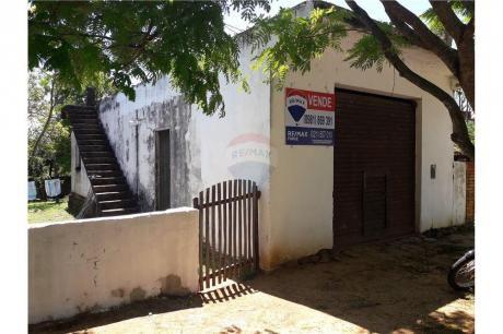 Vendo Casa En Itacurubi. Excelente Ubicación