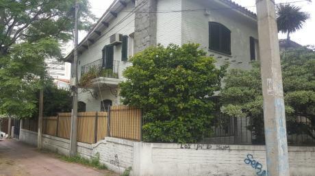 Casa En Luis Alberto De Herrera Y Antonio Costa