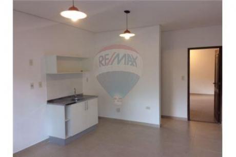 Departamento De 1 Dormitorio A Estrenar A 1 Cuadra Del Campus De La U.n.a.