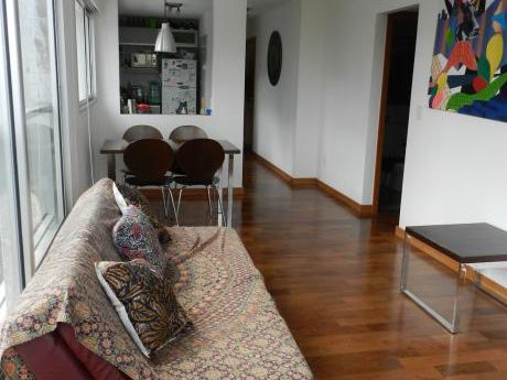 Apartamento De 1 Dormitorio, Amueblado Y Con Garage!